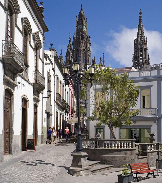 Calle en el centro de Arucas
