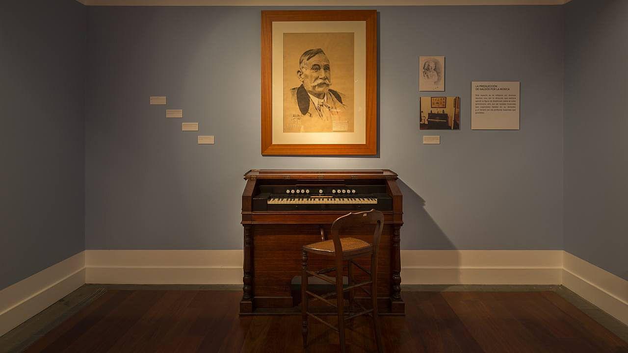 Das Klavier des Schriftstellers im Geburtshaus von Pérez Galdós