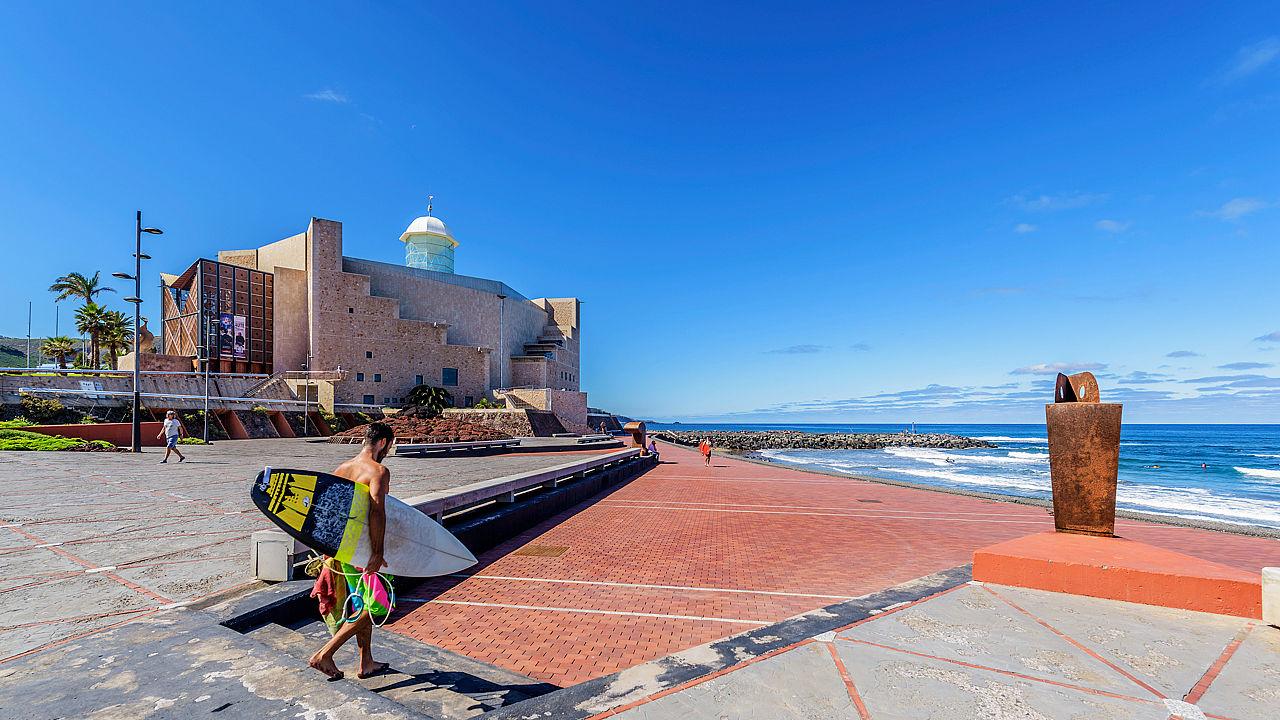La Cícer, Las Canteras beach