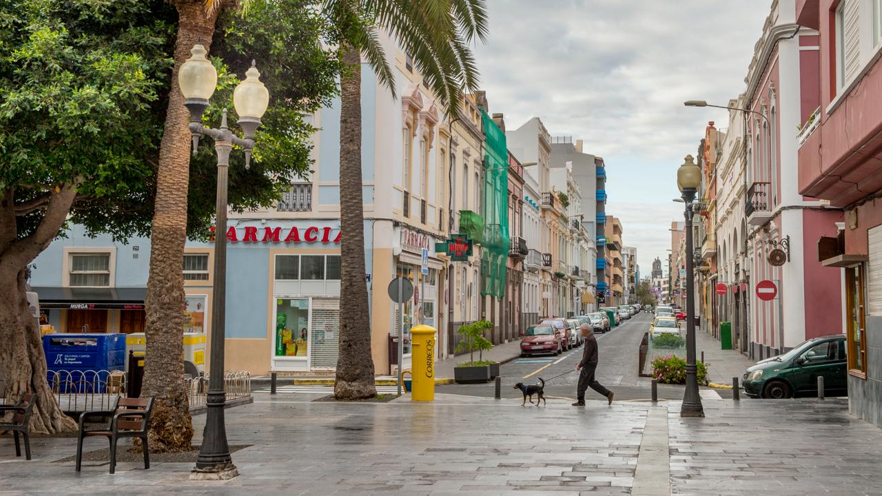 Plaza Padre Hilario y calle Perojo