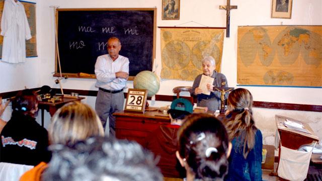 Museo vivo de antigua escuela (Live Museum). Foto de Proyecto La Aldea