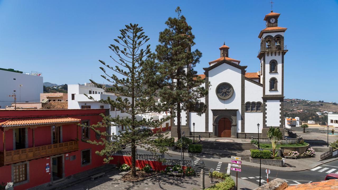 Casa Museo Tomás Morales e Iglesia Ntra. Sra. de La Candelaria, Moya
