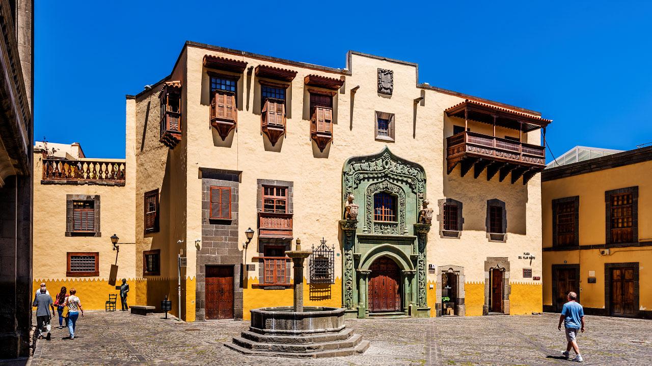 Casa de Colón. Plaza del Pilar Nuevo, Vegueta
