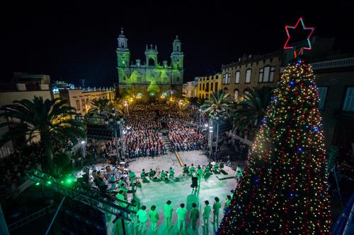 Weihnachtskonzert auf der Plaza Santa Ana