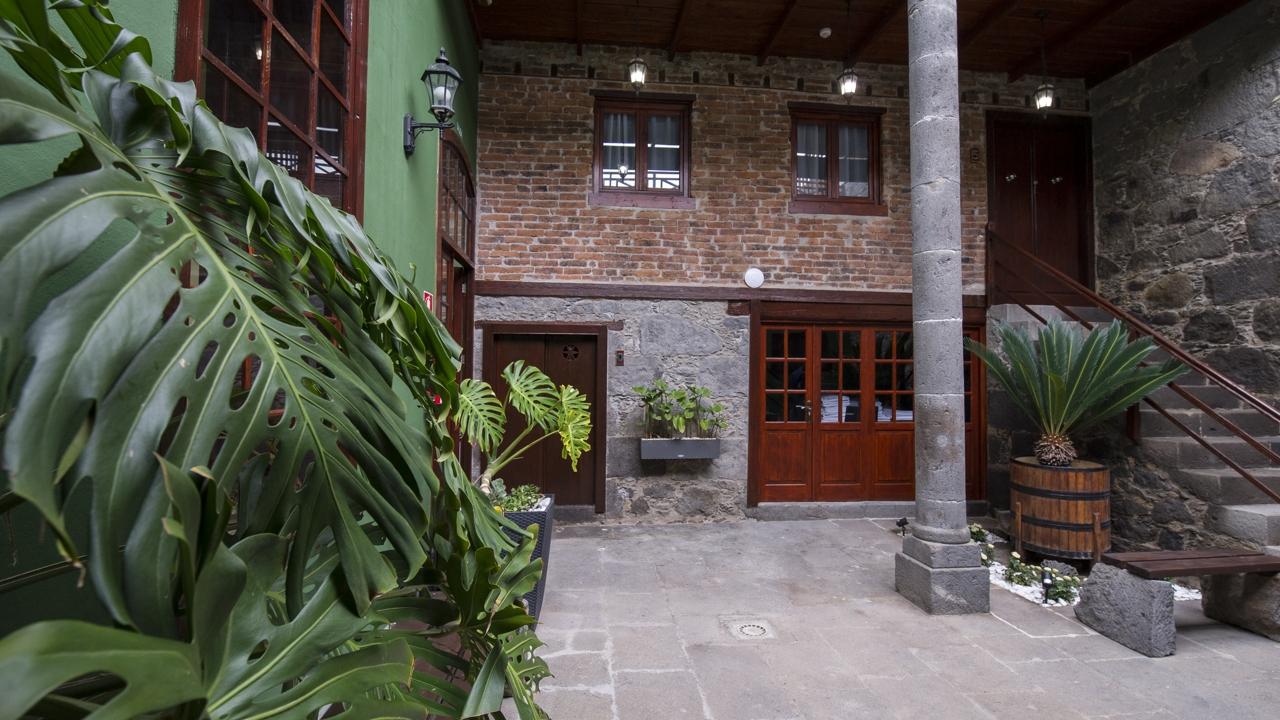Patio interior del Hotel Emblemático Arucas