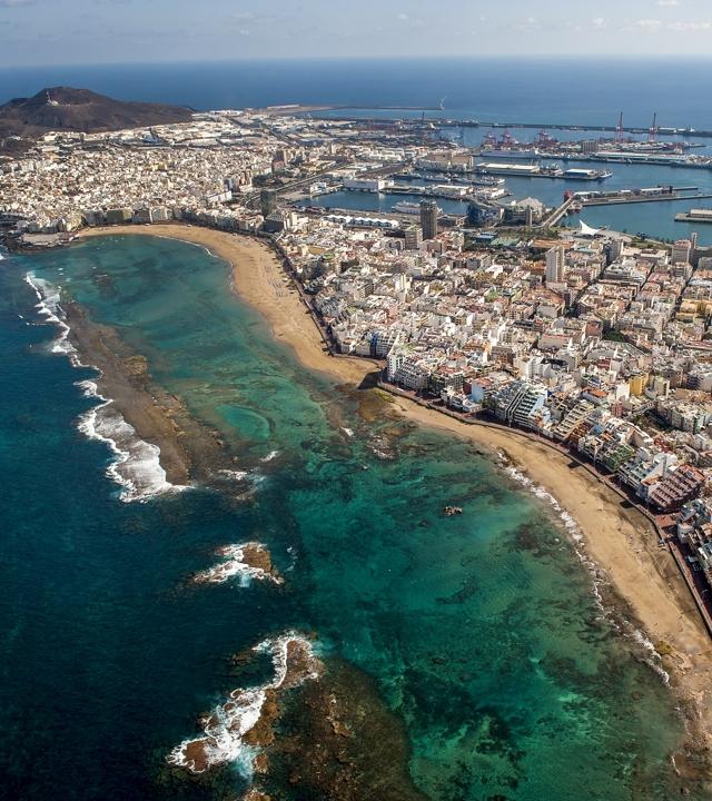 Aerial views of Las Canteras Beach, in Las Palmas de Gran Canaria