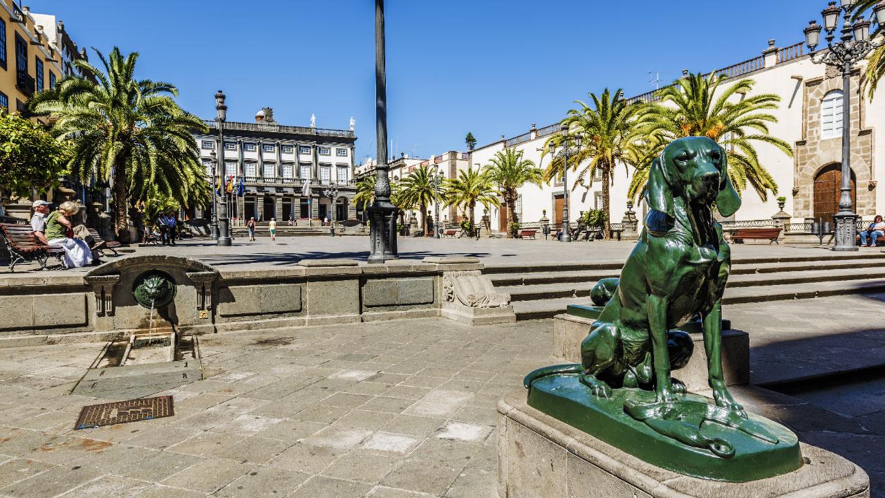 Santa Ana Square