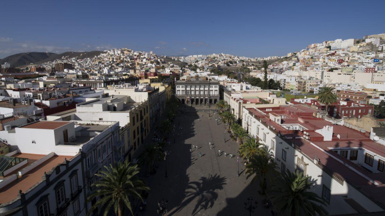Luftaufnahme der Plaza de Santa Ana