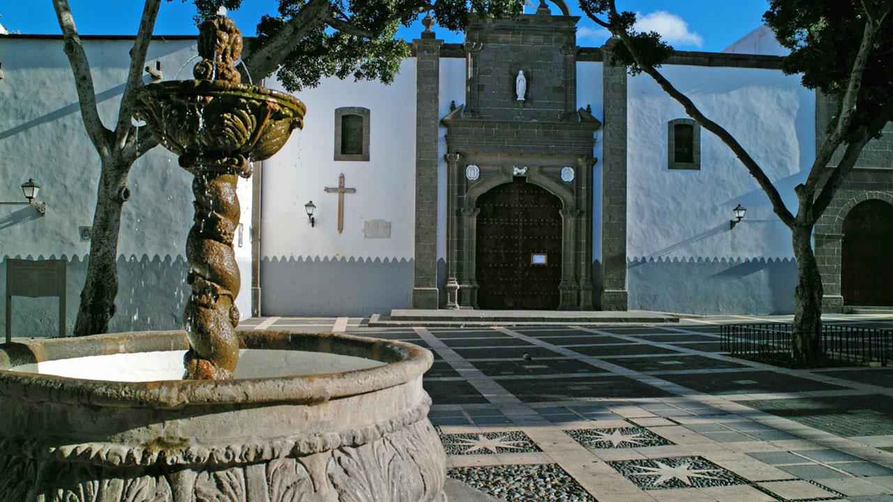 Plaza e Iglesia de Santo Domingo, Vegueta