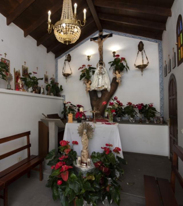 Ermita dedicada a la Virgen del Pino