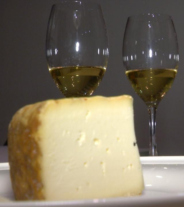 Enyesque de queso y vino