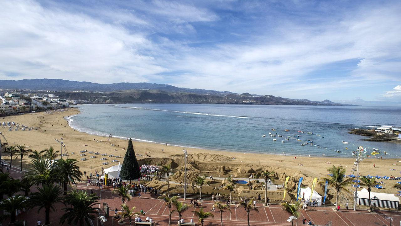 Vista del Belén de Arena en la Playa de Las Canteras, en la isla de Gran Canaria