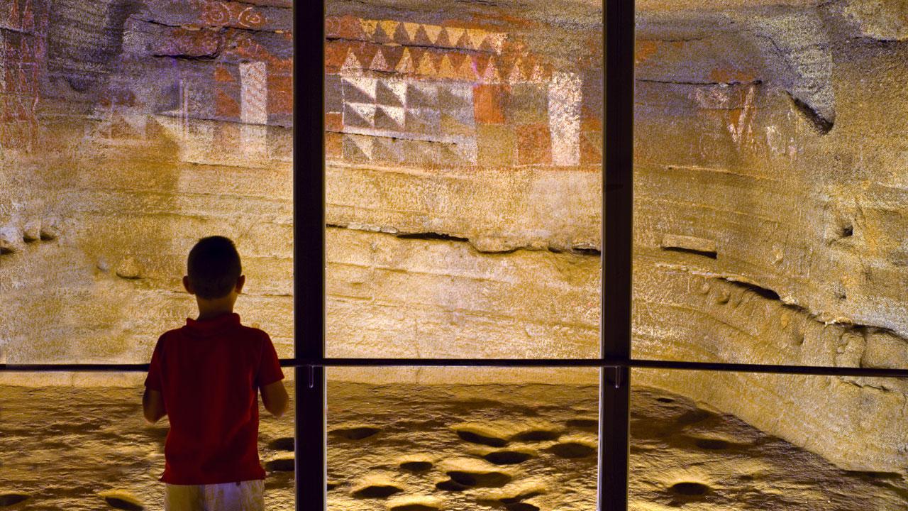 Interior del Museo y Parque Arqueológico Cueva Pintada en Gáldar, Gran Canaria