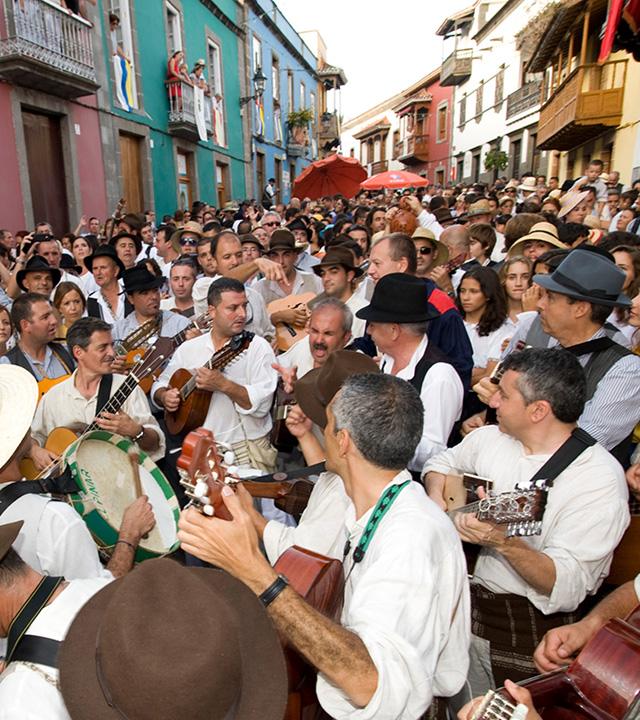Celebración de las Fiestas del Pino en Teror, Gran Canaria