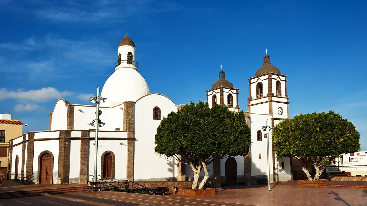 Plaza e Iglesia de La Candelaria en Ingenio, Gran Canaria