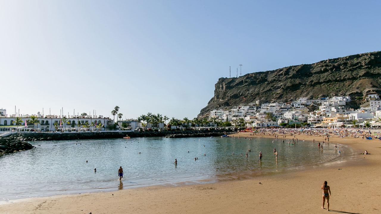 Playa Puerto de Mogán, en Gran Canaria. Fotografía de Radisson Blu Resort & Spa, Gran Canaria Mogán