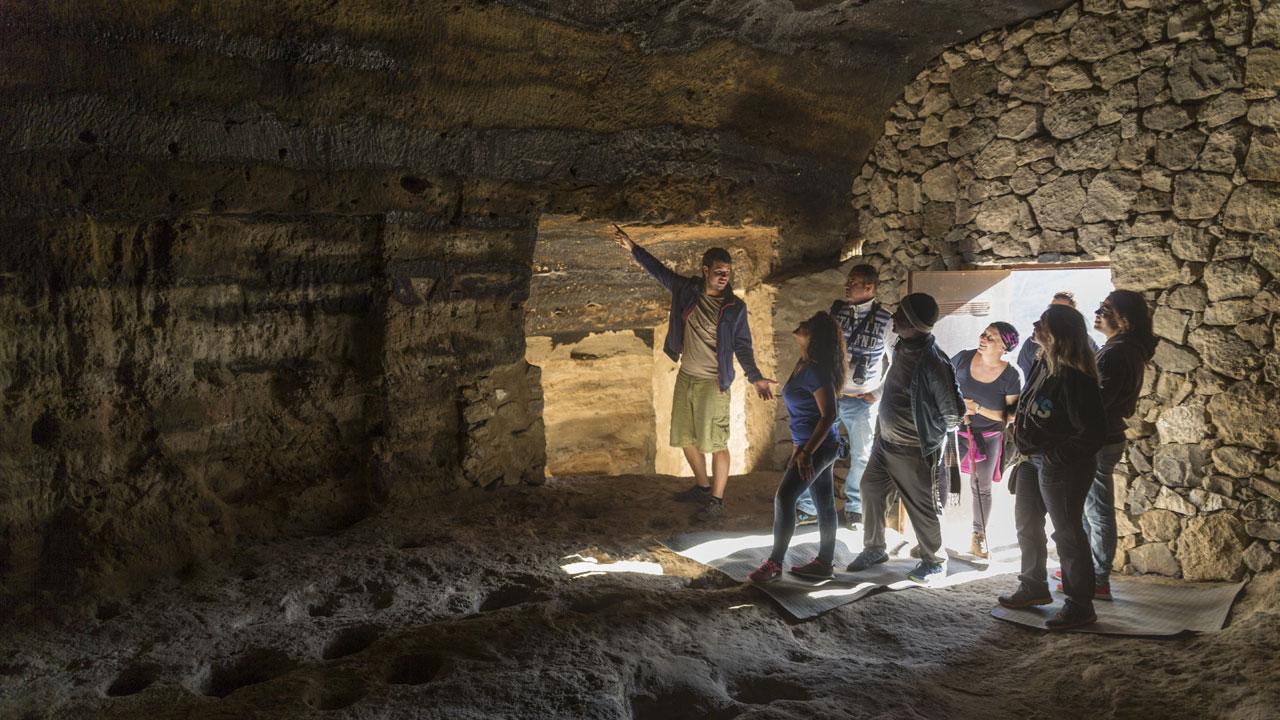 Visita guiada al Yacimiento Arqueológico Risco Caído