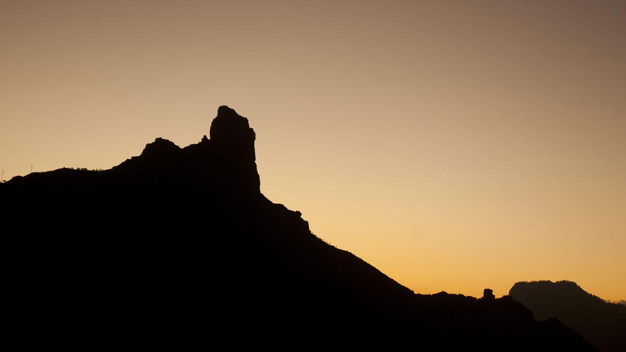 Atardecer en el Roque Bentayga, en la isla de Gran Canaria