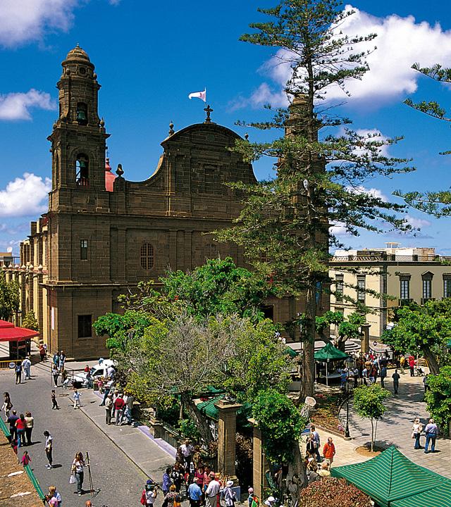 Plaza e Iglesia de Santiago. Gáldar, Gran Canaria