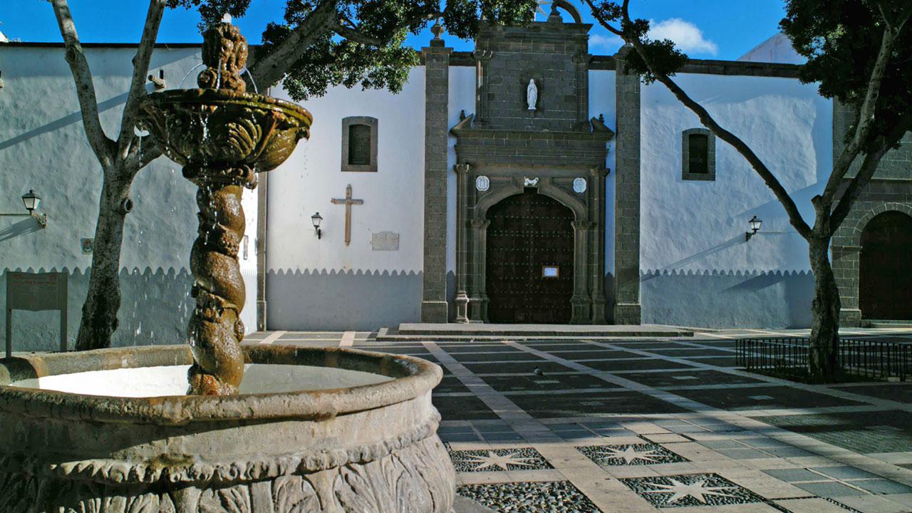 Iglesia y Plaza de Santo Domingo, Vegueta, Las Palmas de Gran Canaria