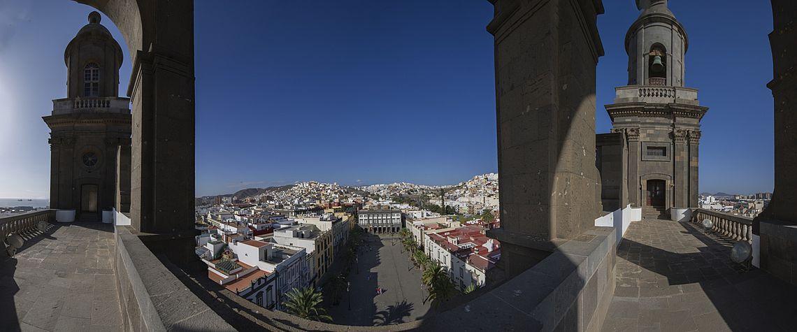 Kathedrale Santa Ana und Platz Santa Ana