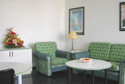 Apartamentos Corona Blanca