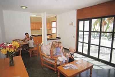 Apartamentos Heliomar - Palmeras