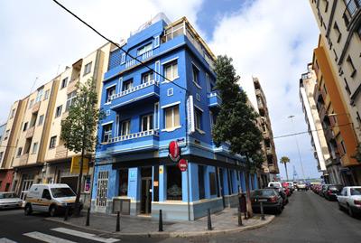 Pensión Alcaravaneras Hostel