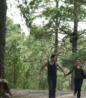 Una coppia passeggia a Tamadaba