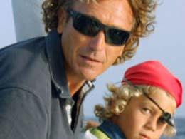 Padre e figlio fanno un'escursione nel sud di Gran Canaria
